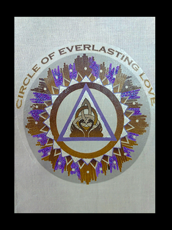 circle of Everlasting Love Cloth Wall Hanging